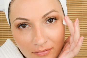 Loțiune hidratantă din doar două ingrediente pentru orice tip de piele