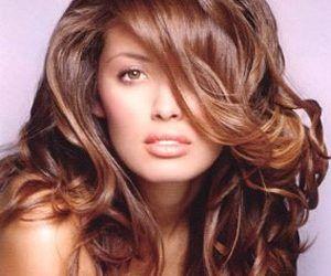 Uitați de șampoanele scumpe de la salonul de coafură: acum vă puteți prepara unsuper șampon reparator pentru păr chiar acasă