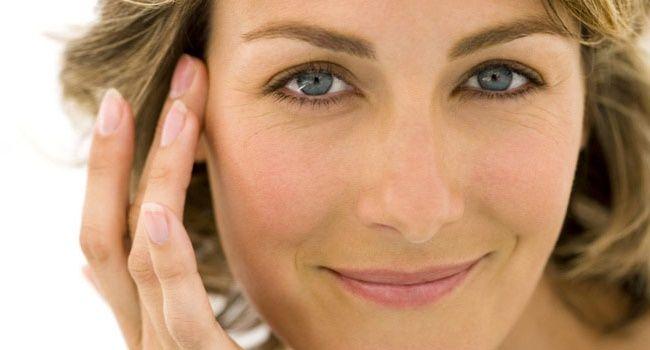 Creme naturale pentru conturul ochilor: cele mai bune rețete pentru efecte de iluminare, anti-rid și anti-edem