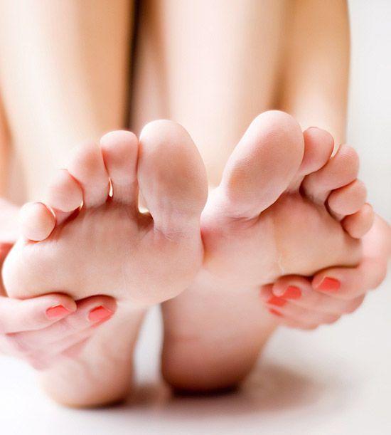 6 Remedii naturale pentru durerile de picioare